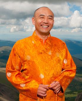 Anyen Rinpoche: Seven Line Prayer Retreat