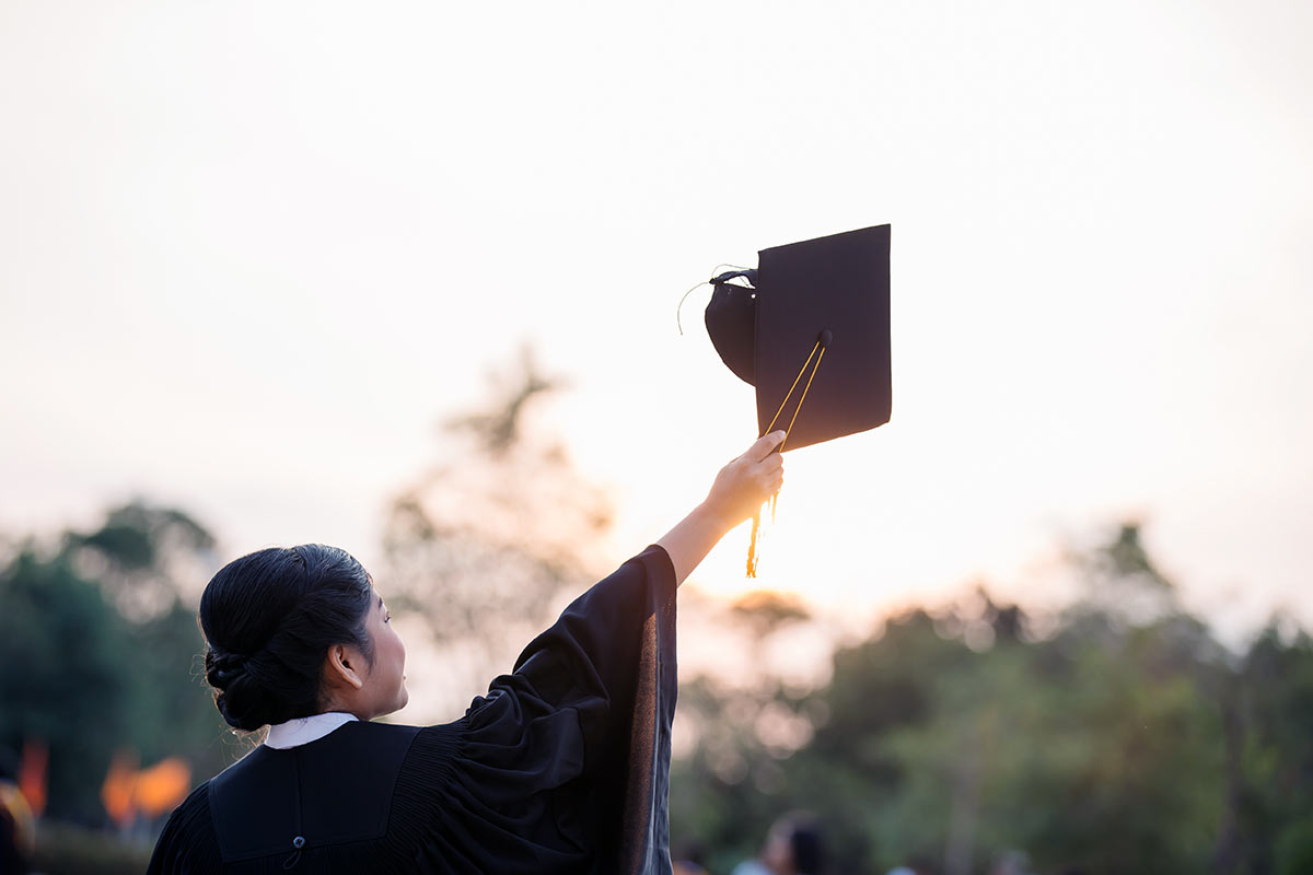 A Reader's Guide to Graduation